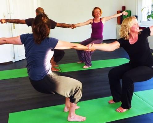 Yoga Partnerübung